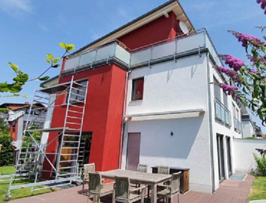 klein-is-malerei-reihenhaus-ref